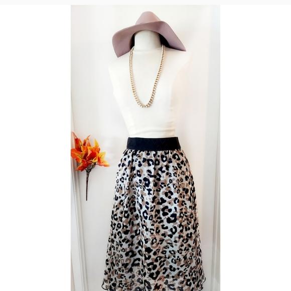 Lularoe Lola Cheetah Animal Print Skirt